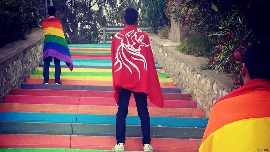 مدت ها است که  بخشهای کوچکی از جوامع کشورهای مغرب علیه همجنسگراهراسی مقاومت میکند
