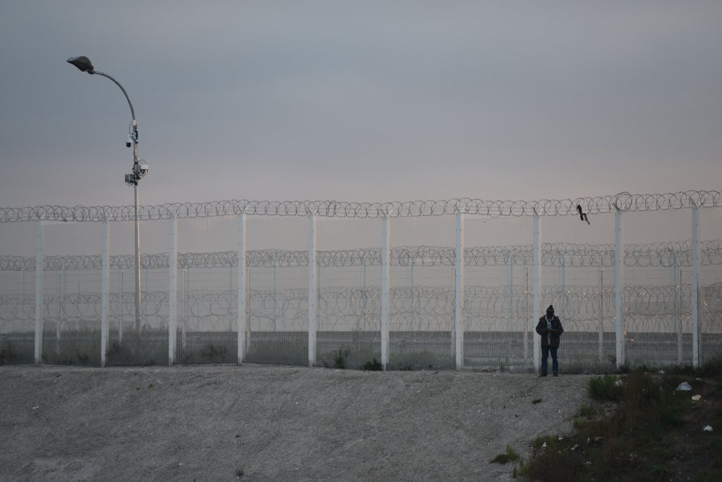 File picture of the fences in Calais. Photo: Mehdi Chebil