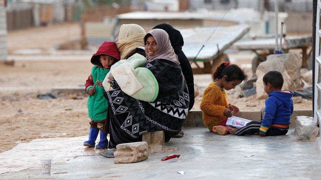 لاجئون سوريون في مخيم الزعتري للاجئين/رويترز