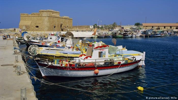 یکی از سواحل قبرس