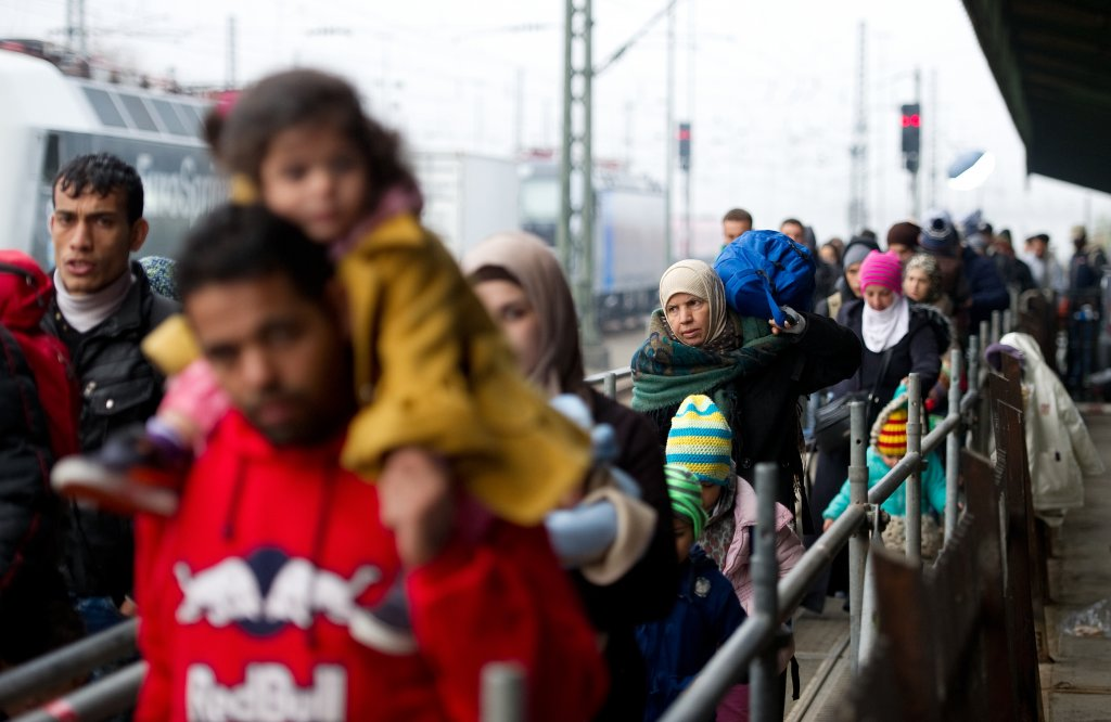 Migrants arriving in Passau, Germany, in November 2015 | Photo: Picture-alliance