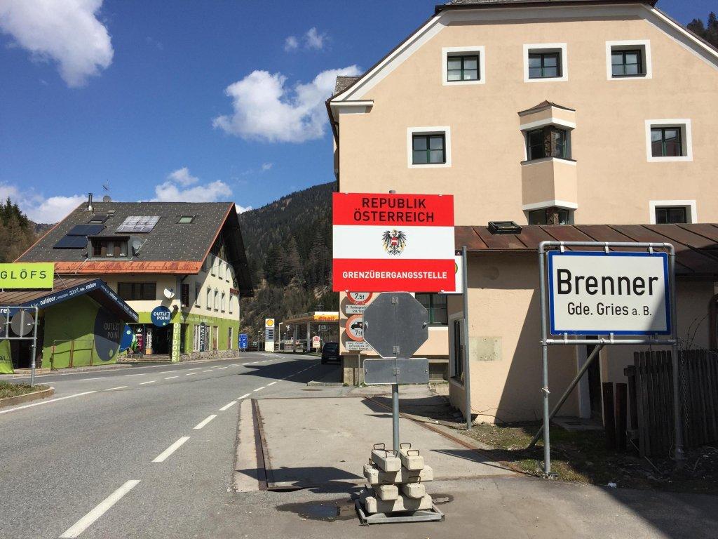 ANSA / معبر برينر الحدودي بين إيطاليا والنمسا. المصدر: أنسا/ إيريس جارافيللي.