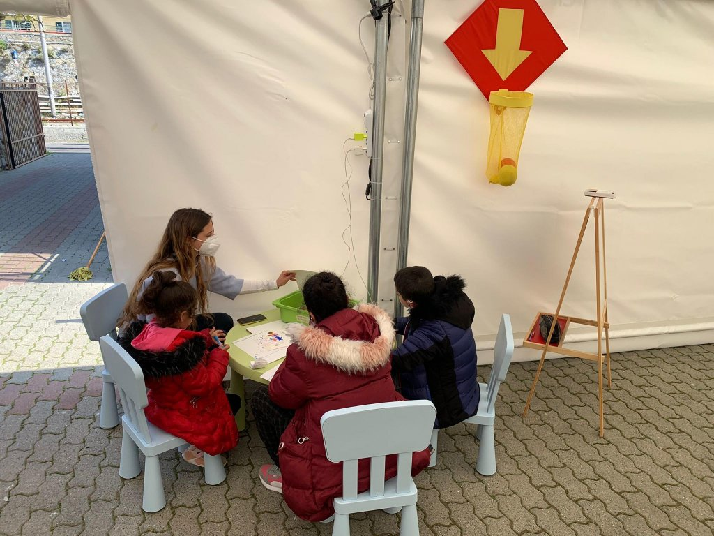 A space for migrant minors built in Ventimiglia by Caritas and Save The Children | Photo:ARCHIVE/ANSA/UFFICIO STAMPA SAVE THE CHILDREN