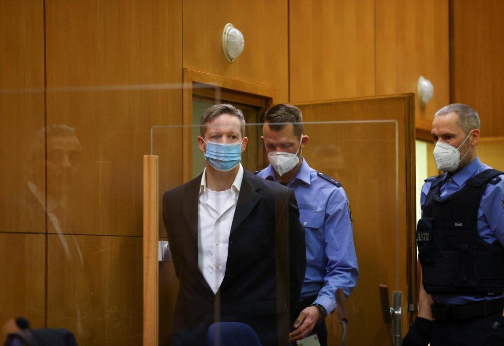 © Kai Pfaffenbach, AFP |Le sympathisant néonazi Stephan Ernst, ici dans la salle d'audience de la cour régionale supérieure de Francfort-sur-le-Main le 28 janvier 2021, a été condamné à perpétuité pour le meurtre de l'élu Walter Lübcke.