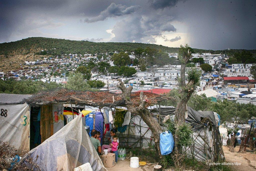 Vue du camp de Moria, à Lesbos, en juin 2020. Crédit : Picture alliance