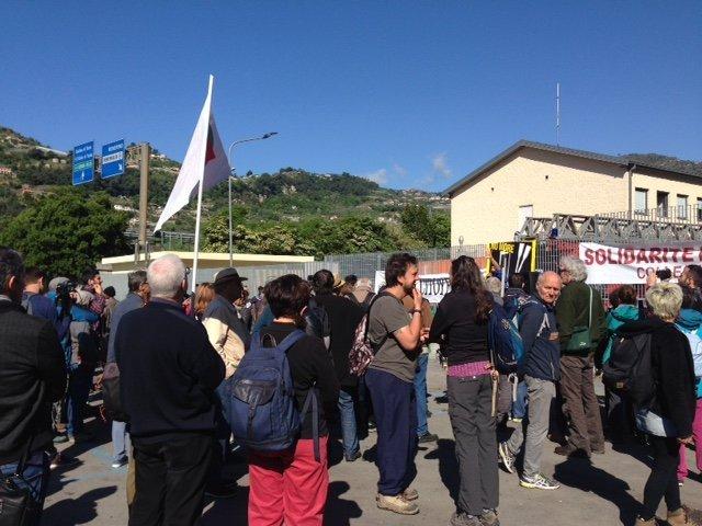 آغاز راهپیمایی همبستگی شهروند در شهر وینتی میل در ایتالیا، روز 30 اپریل 2018. عکس از انجمن مسافر خانه مهاجران.