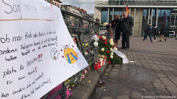 یک مرد راستگرای آلمانی در شهر هاناو آلمان دست کم ۹ فرد دارای پیشینه مهاجرت را به تاریخ ۱۹ فبروری ۲۰۲۰ به قتل رساند. یکی از قربانیان یک جوان افغانی-آلمانی بود.