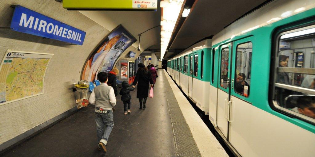 إحدى محطات المترو في باريس. أرشيف