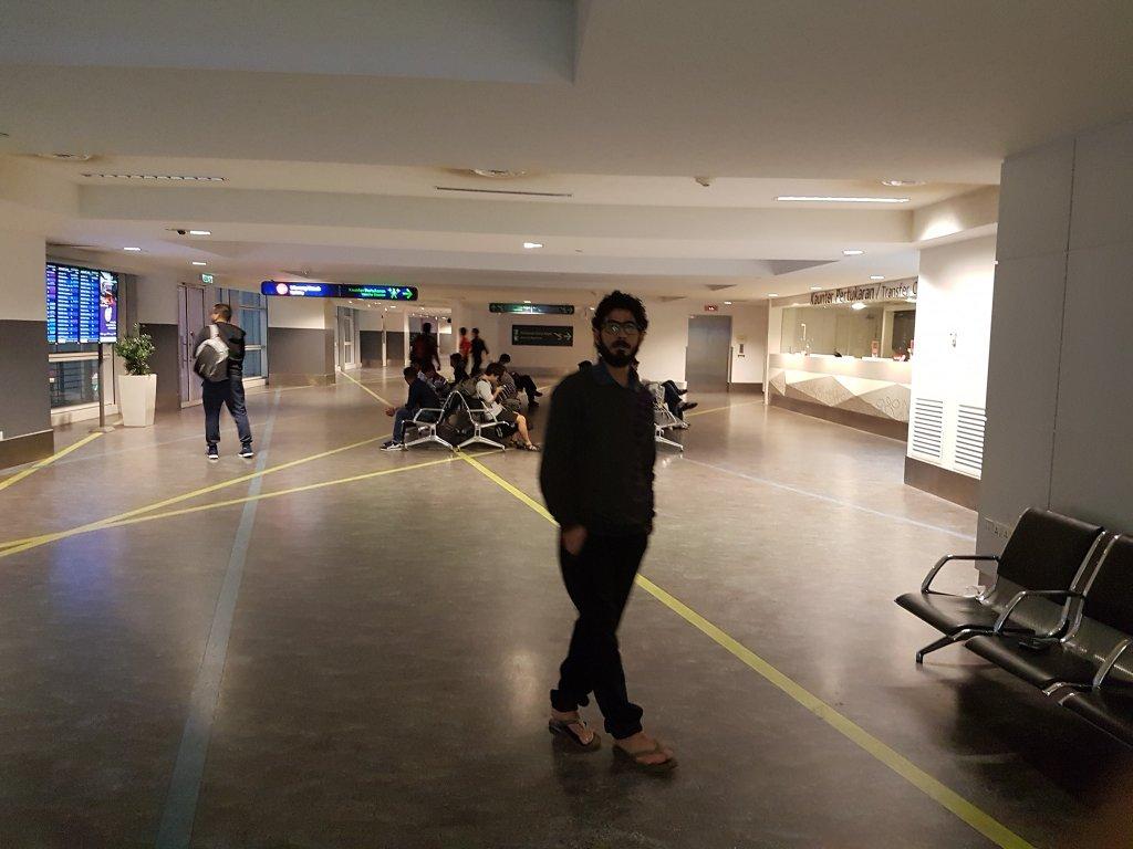 حسان القنطار، لاجئ سوري عالق في مطار العاصمة الماليزية منذ ستة أشهر. الصورة عن حسابه على فيسبوك