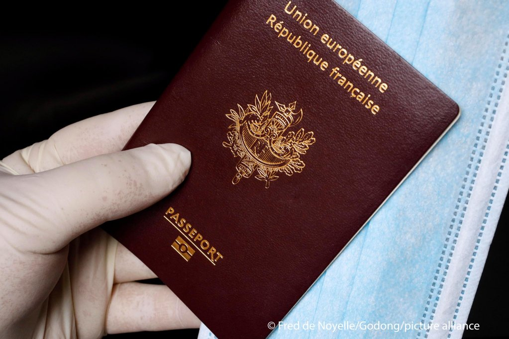 A French passport | Photo: Picture alliance / Godong | Fred de Noyelle