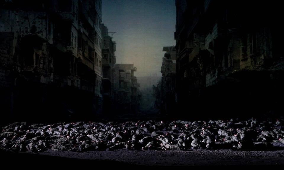 """Une scène de l'opéra """"Idoménée, Roi de Crète"""" dans lequel 30 migrants font de la figuration à Rome. Crédit : Yasuko Kageyama / Teatro dell'Opera di Roma"""