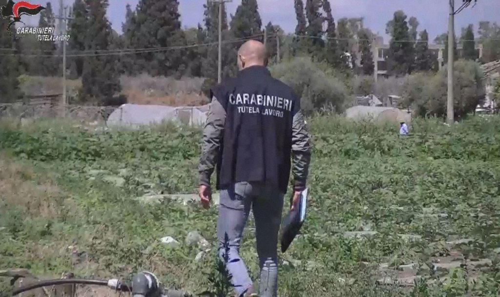 From file: Carabinieri operation against the 'gangmaster' system in Catania, Sicily | Photo: ANSA