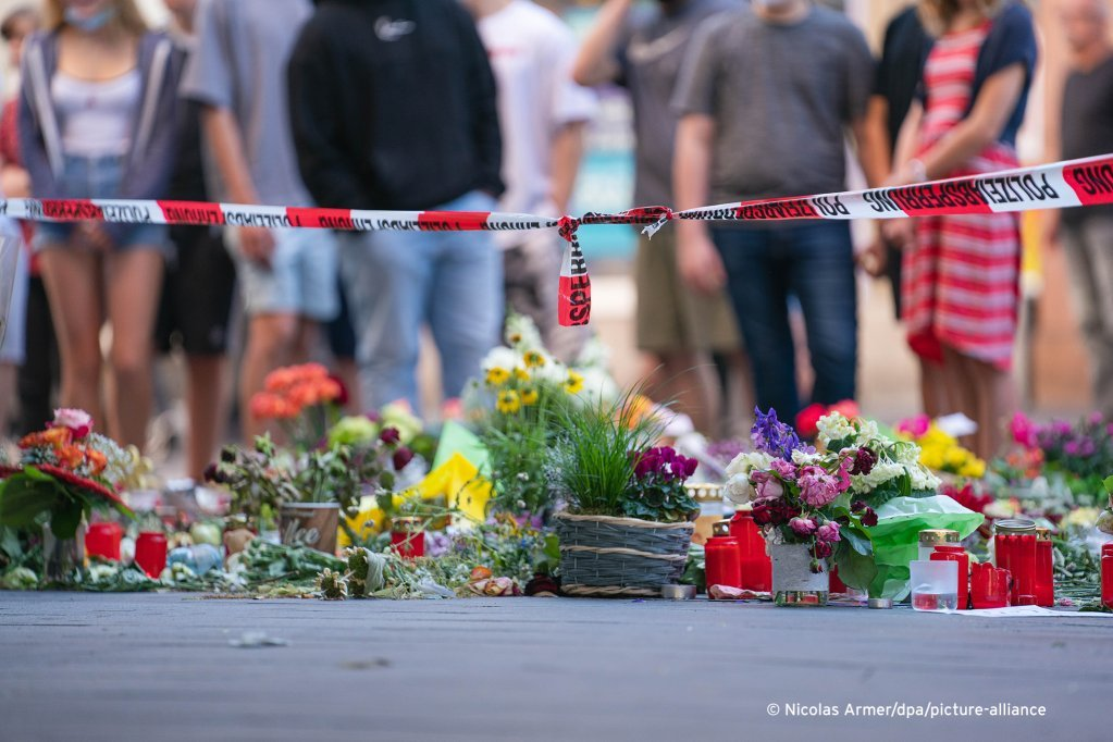 Les trois femmes tuées à Wurzbourg étaient âgées de 24, 49 et 82 ans | Photo : picture alliance