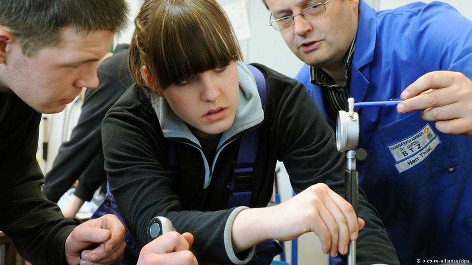 تتوفر في ألمانيا باستمرار تدريبات مهنية في مجالات جديدة.