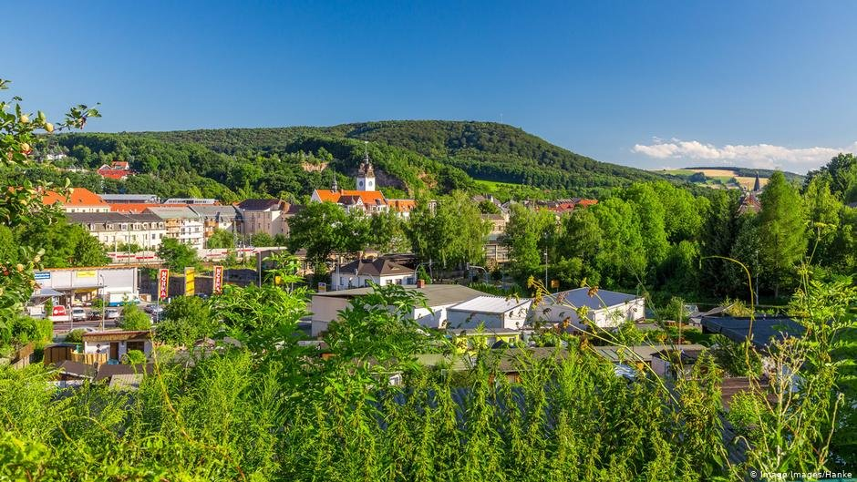 View of Freital situated in the hilly region near Dresden | Photo: Image Images/Hanke
