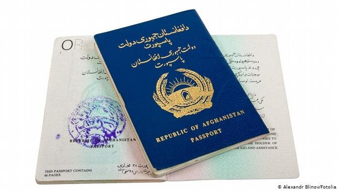 در سال گذشته میلادی، حدود ۵۰۰ افغان خواستار ترک تابعیت این کشور شده اند.