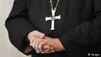 کلیساهای ایتالیا مصمم اند که هزاران پناهجو را از لیبیا به کشورهای اروپایی بیاورند.