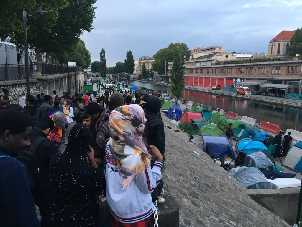 More than 600 people were evacuated from the migrant camp near Canal Saint Martin in Paris | Credit: InfoMigrants