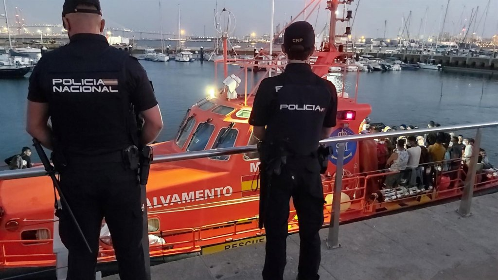 Migrants arriving to the port in Cadiz, Spain, on August 27, 2021   Photo: EPA/Spanish National Police