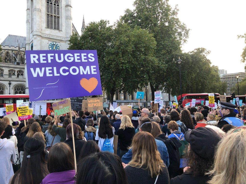 په لندن کې د کډوالو په ملاتړ لاریون. ۲۰ اکتوبر ۲۰۲۱. انځور: Refugee Action