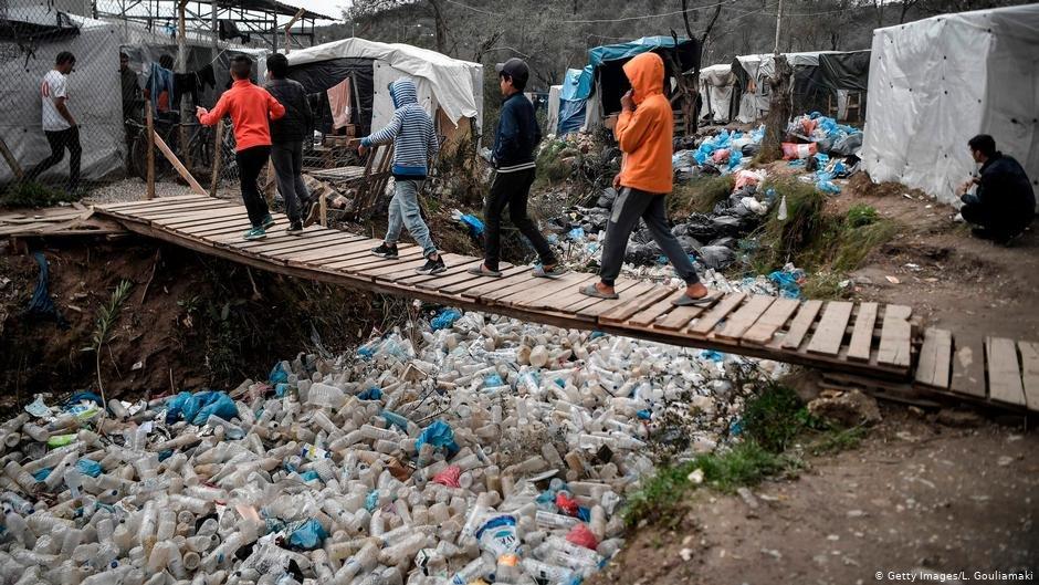 آلمان در تلاش است که ائتلافی را برای پذیرش پناهجویان زیرسن از یونان تشکیل بدهد.