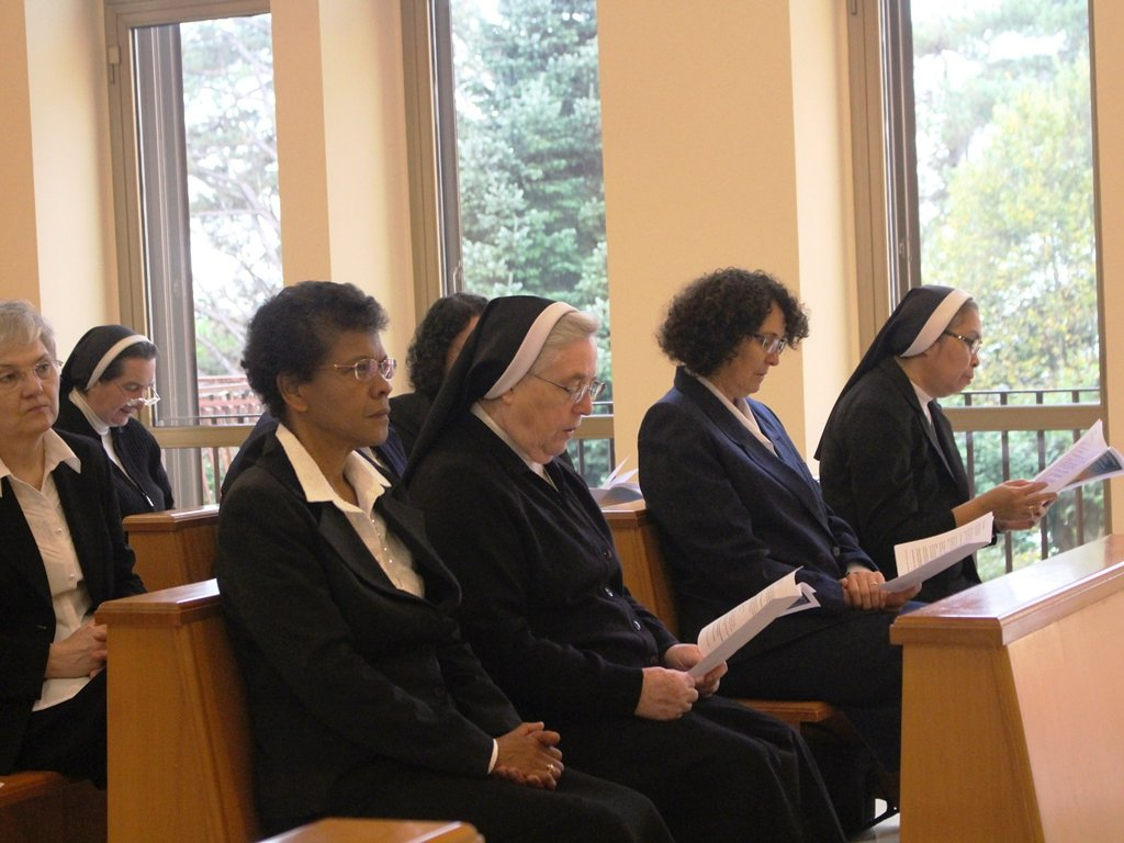 In the photo, a group of Missionary Sisters of St. Charles Borromeo, the 'Scalabrinians'   Photo: CREDIT/Scalabriniane.org