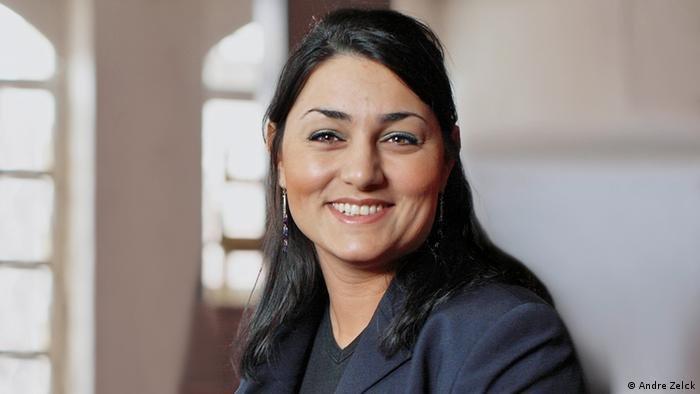 لمياء قدور، مرشحة من مرشحي حزب الخضر للانتخابات المقبلة بألمانيا، تنحدر من أصول سورية