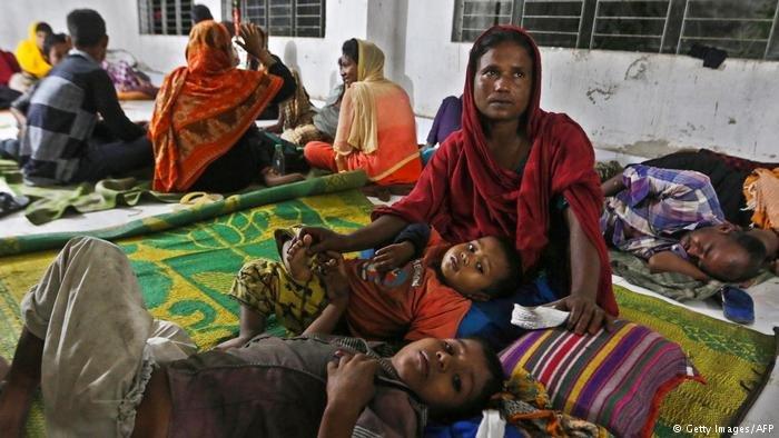 وصل عدد لاجئي الروهينجا إلى 900 ألف