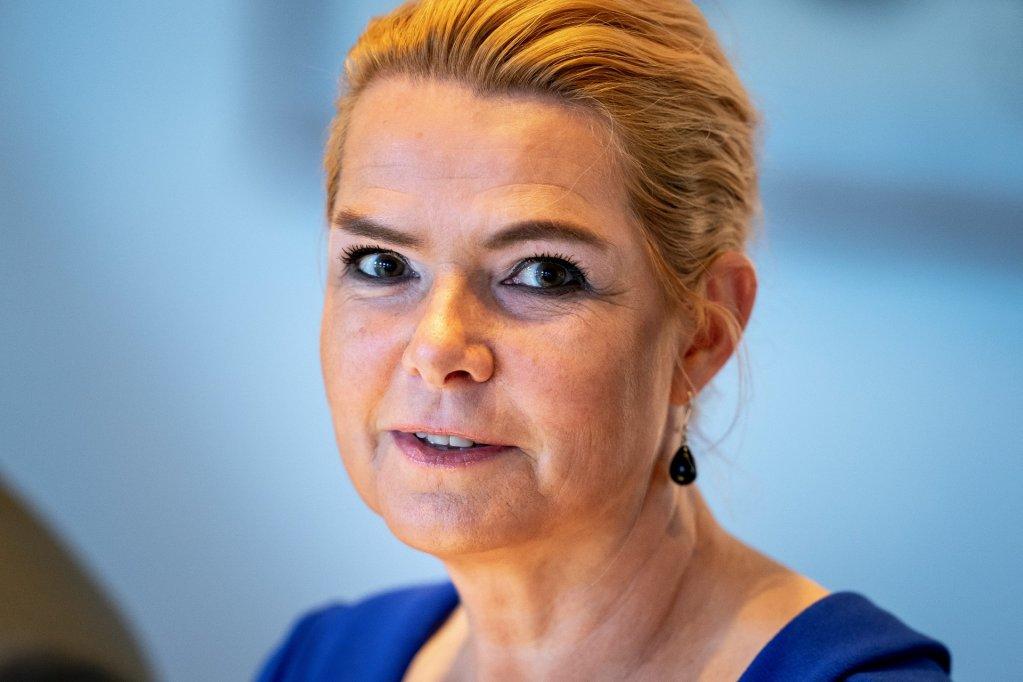 د دنمارک پخوانۍ د ادغام او مهاجرت د چارو وزيره، اينګر شتوبېرګ