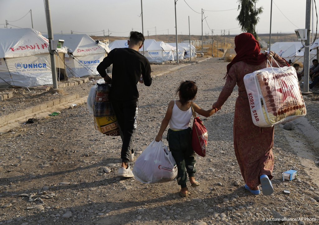 Hundreds of Syrian Kurds have left the border region and crossed into northern Iraq since the start of the conflict | Photo: picture-alliance/AP Photo