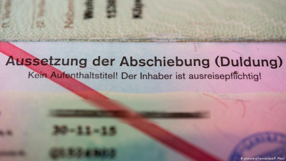 در تغییرات قانونی، قرار است یک نوع دیگر برگه تحملی تحت عنوان «دولدونگ برای افراد با هویت ناشناخته» افزوده شود.
