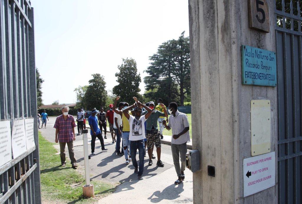 Migrants in a hosting center in Brescia   Photo: Filippo Venezia / Archive / ANSA
