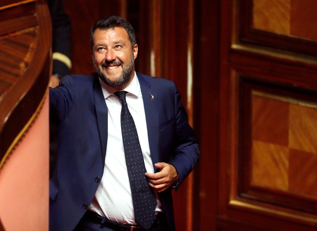 Le ministre de l'Intérieur italien, Matteo Salvini, souriant, lors du vote du décret de sécurité, le 5 août, au Sénat, à Rome. Crédit : REUTERS/ Remo Casilli