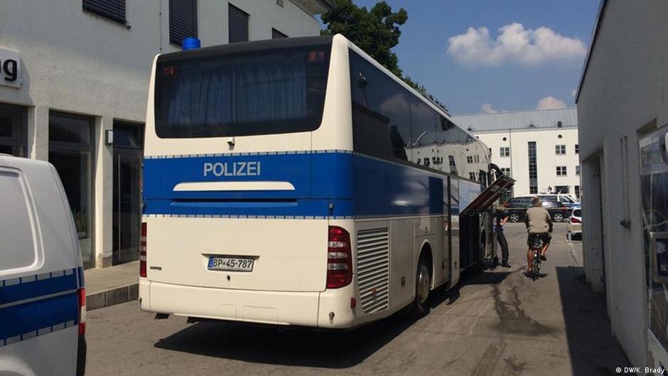 پولیس فدرال آلمان در منطقه روزنهایم (عکس آرشیف)