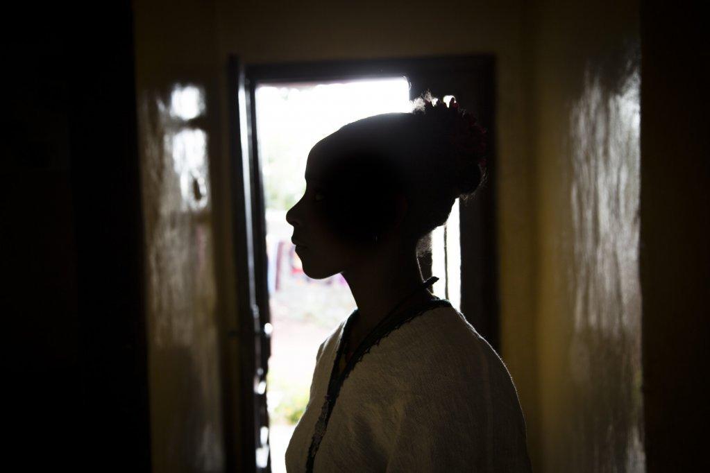 گزارش انجمن غیر دولتی «Save The Children» به نام «بردهگان خردسال و نامرئی» در ماه جولای سال ۲۰۱۸ به انتشار رسید. عکس از: هدین هالدورسون «Hedinn Halldorsson».