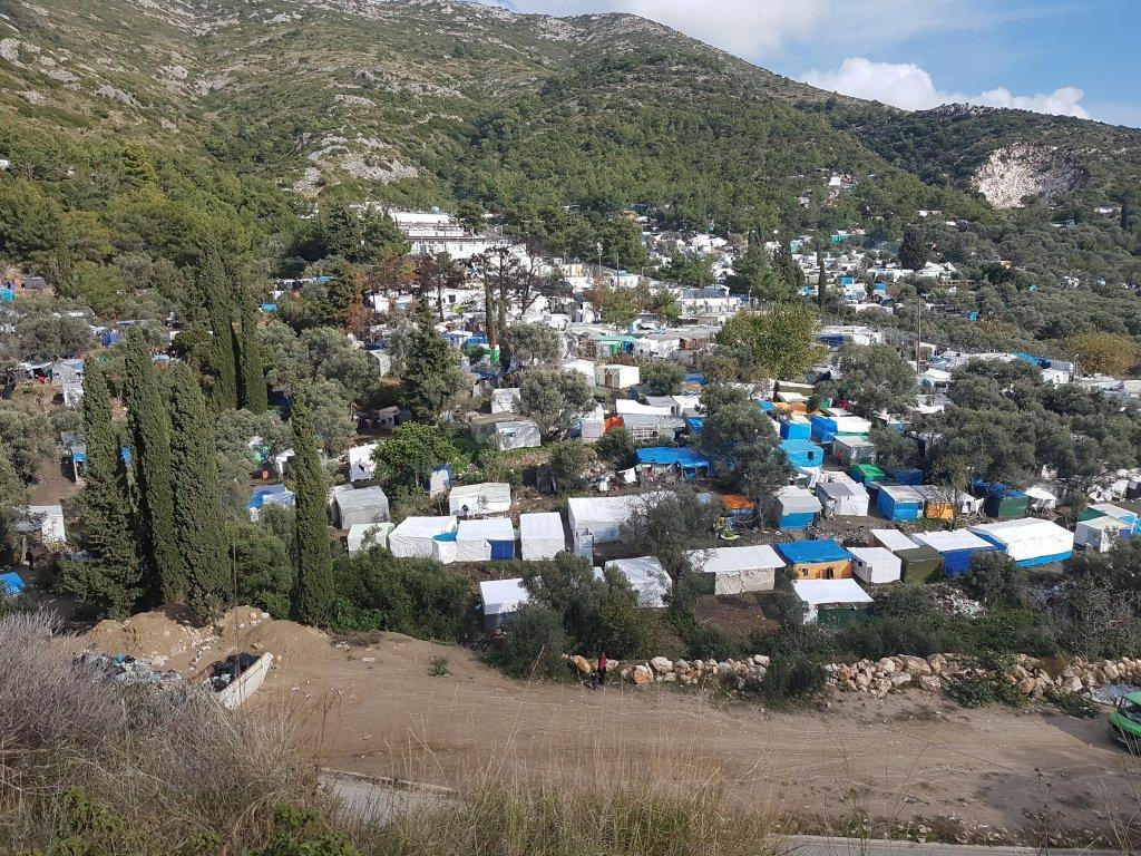 نمای کمپ پناهجویان در جزیره ساموس