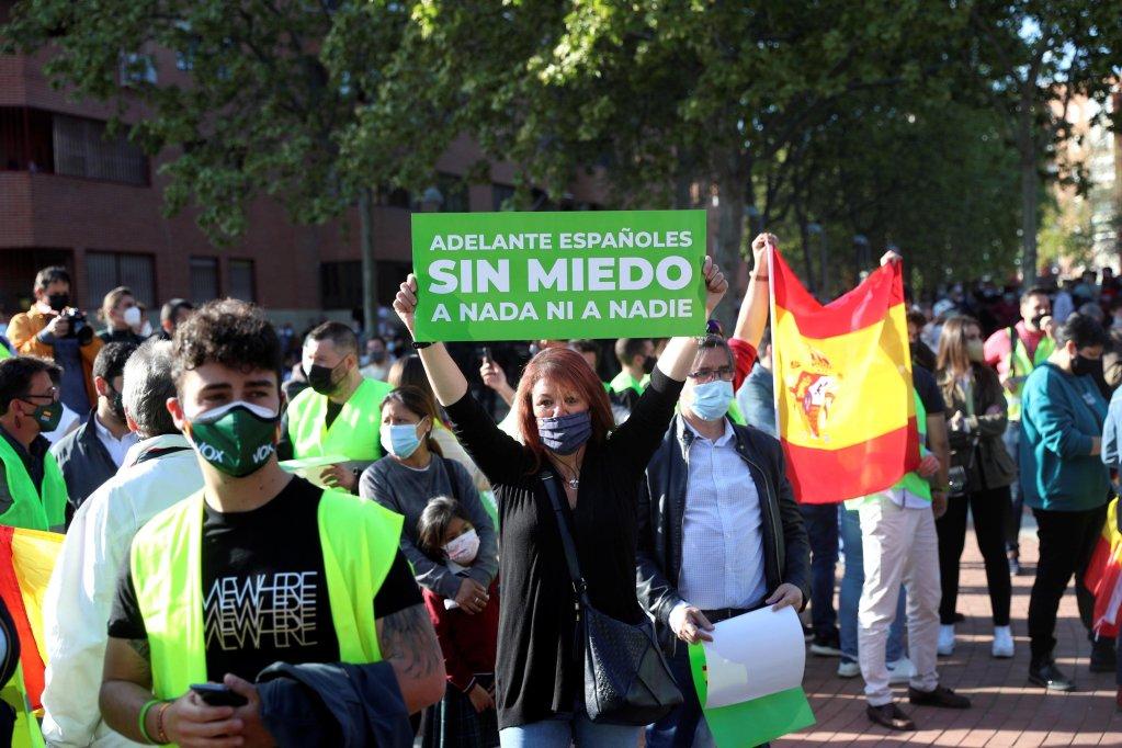 A campaign rally of the Spanish far-right Vox party in Madrid, Spain, on April 7, 2021 | Photo: EPA/Rodrigo Jimenez