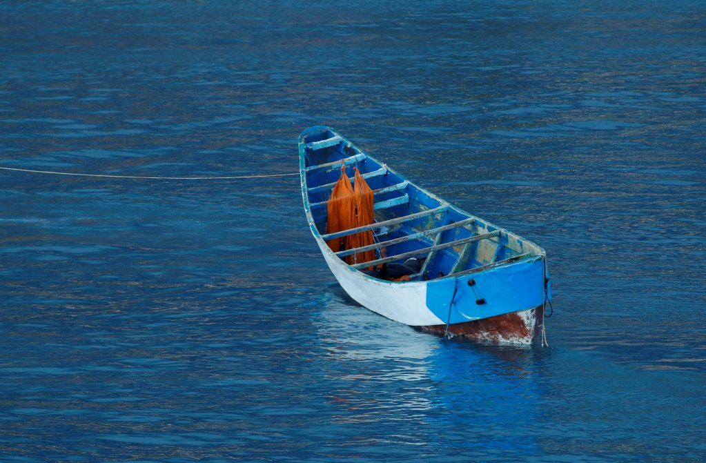 Vingt-quatre personnes ont été retrouvées mortes dans un canot à la dérive au large des Canaries, mardi 27 avril 2021. Crédit : Reuters