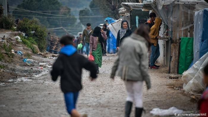 Impossible d'éviter la foule dans les allées du camp de Moria sur l'île de Lesbos. Crédit : picture-alliance /ANE