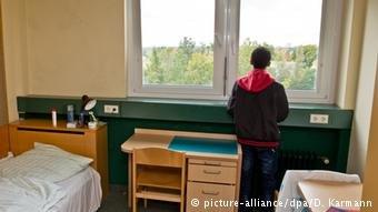 وفقا لهيئة الإحصاء التابعة للاتحاد الأوروبي   هناك انخفاض في عدد طالبي اللجوء القاصرين في الاتجاد الأوروبي
