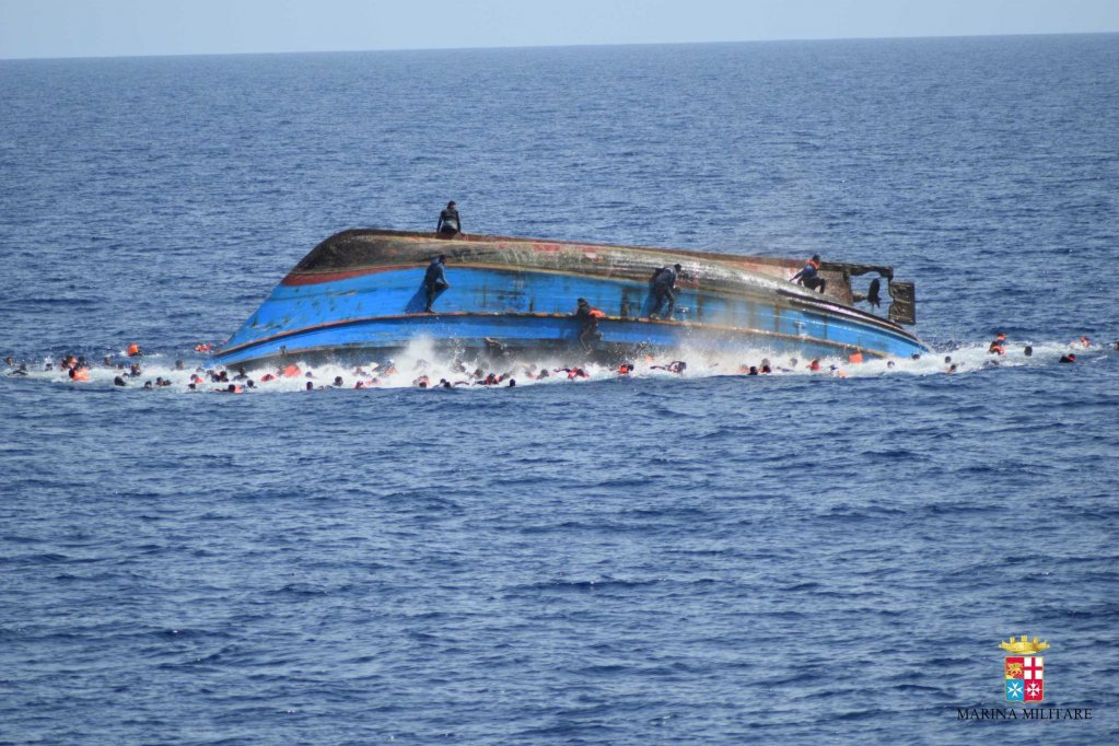 A shipwreck that took place in the Strait of Sicily | Photo: ANSA/Italian Navy