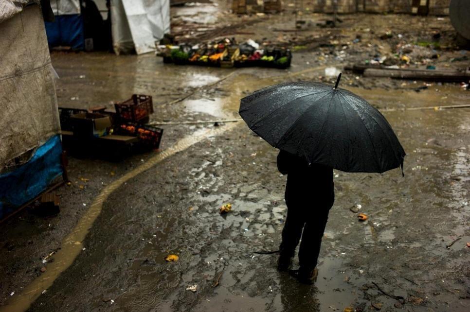 ظروف مزرية في انتظار اللاجئين إلى اليونان