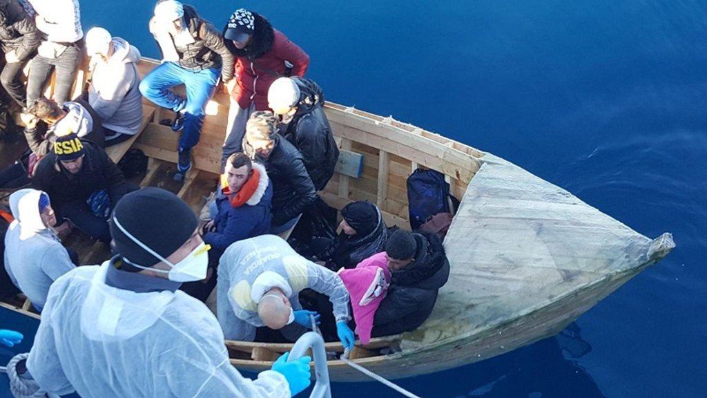 Archive: Migrants are intercepted by Italian police as they arrive in Sardinia from Algeria | Photo: ANSA/UFFICIO STAMPA GUARDIA DI FINANZA