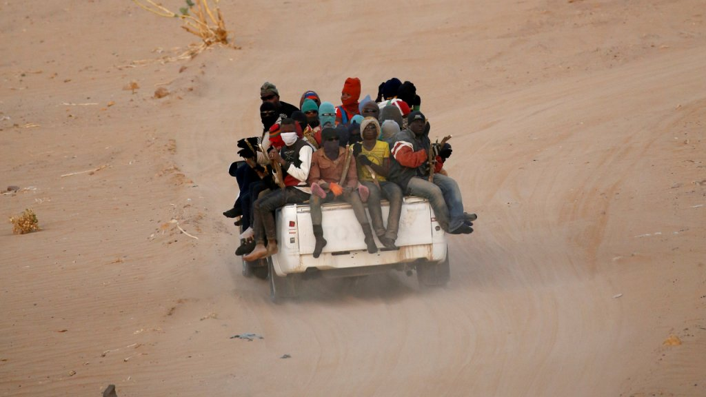 Migrants arriving in Libya via the Sahara Desert in 2016 | Photo: Reuters