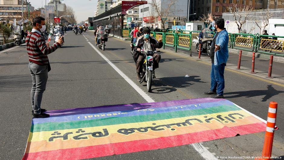 Attitudes toward the LGBT community in the Islamic Republic could be described as extremely hostile | Photo: Amin Monfared/ZUMA wire/picture-alliance