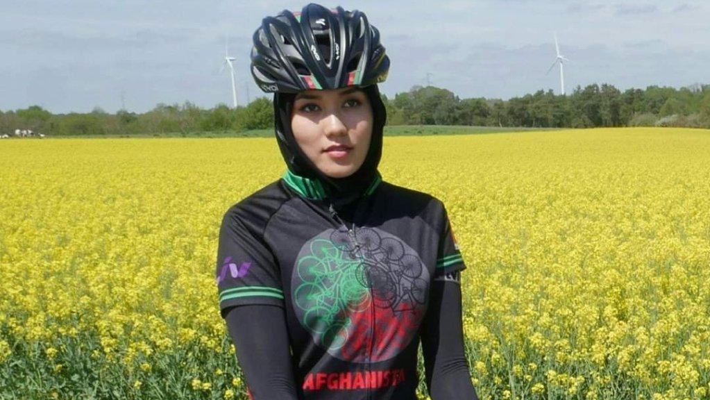 Depuis qu'elle vit à Lille, Masomah Alizada s'entraîne sur les routes du Nord. Crédit : Thierry Communal.