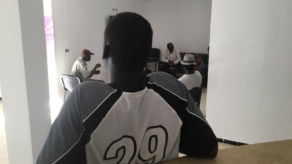 Guillaume Guguen, France 24 |Après être restés six ans dans le camp de La Choucha, les 35 migrants résident depuis 2017 dans un centre de La Marsa, station balnéaire proche de Tunis.