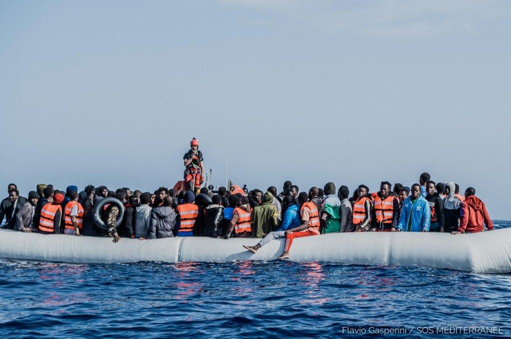 L'Ocean Viking a secouru 236 personnes au large de la Libye, mardi 27 avril 2021. Crédit : Flavio Gasperini / SOS Méditerranée