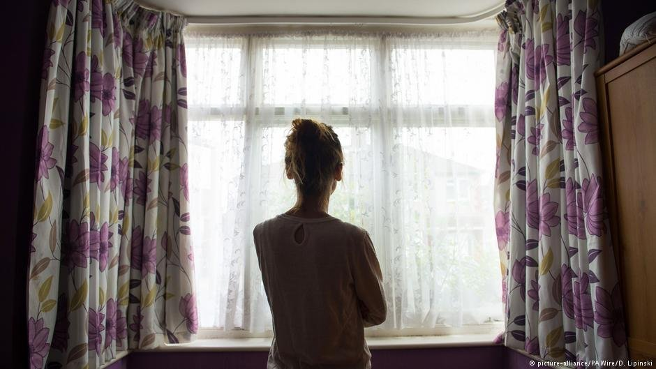 به قربانی ۲۳ ساله قاچاق جنسی در یک خانه امن در انگلستان پناهبه داده شده است