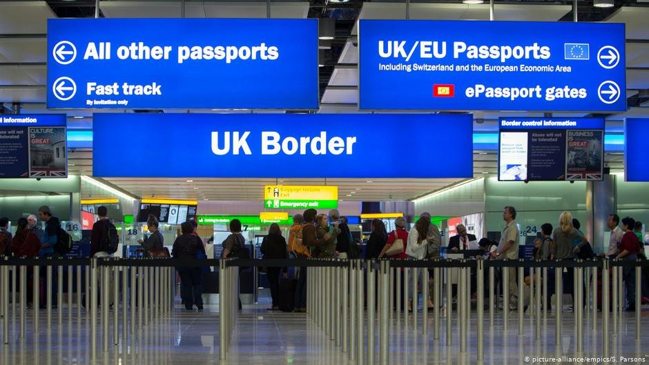 قرار است به زودی اعضای تیم ملی فوتبال دختران افغان وارد بریتانیا شوند PHOTO: picture-alliance/empics/S. Parsons
